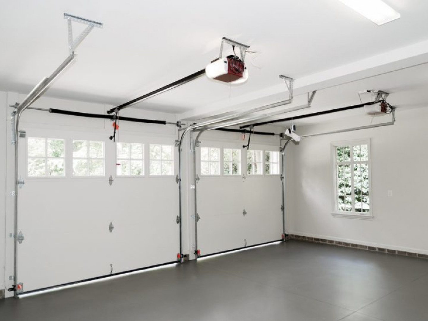 Find out what garage door operator works for you